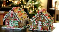 The Clinton School PAC is having a gingerbread house decorating night On Wednesday, December 18 from 6:00 – 8:30 pm.  Notices will be sent home today or CLICK HERE